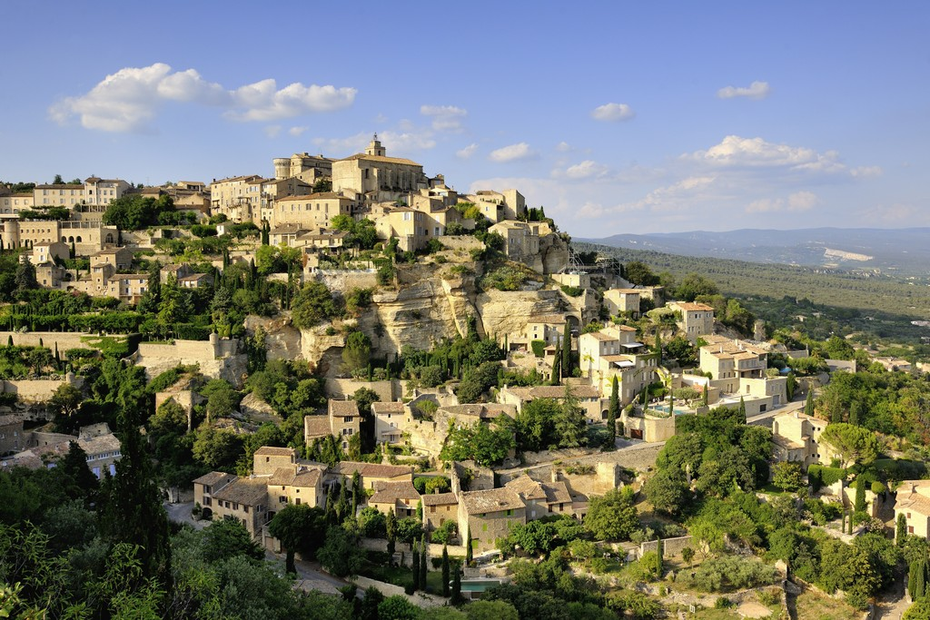Village de Gordes, tourisme en Luberon, Vaucluse